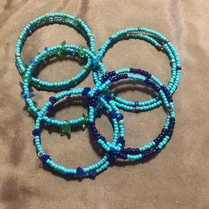 Bangle bracelets stretch